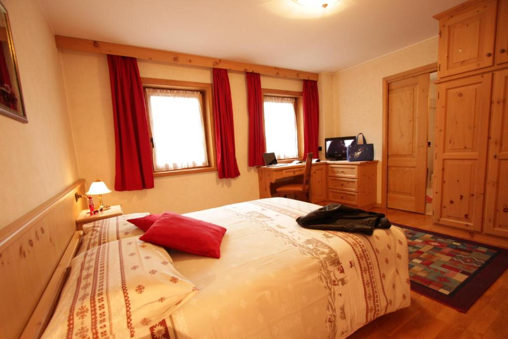 Double Room Apartments & Rooms MyHolidayLivigno