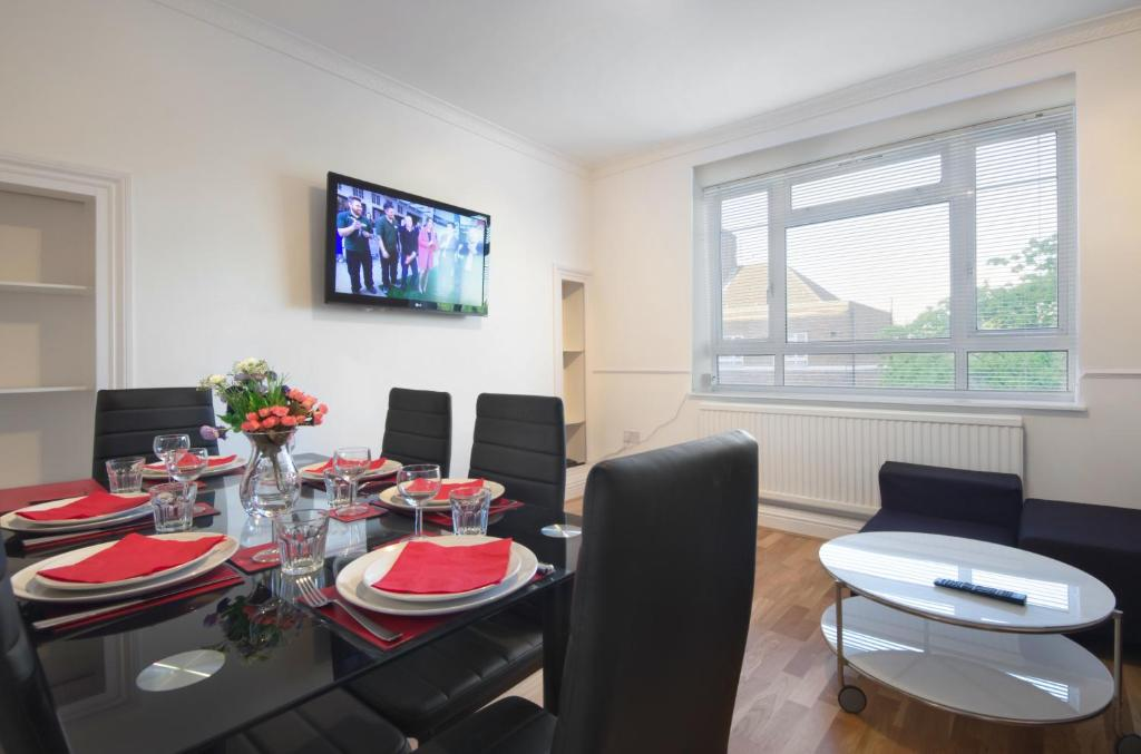 Central London 2 Bedroom Apartment