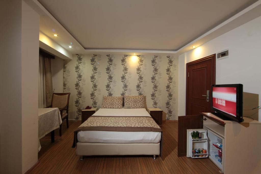 Standard Double or Twin Room Grand Harsena Otel