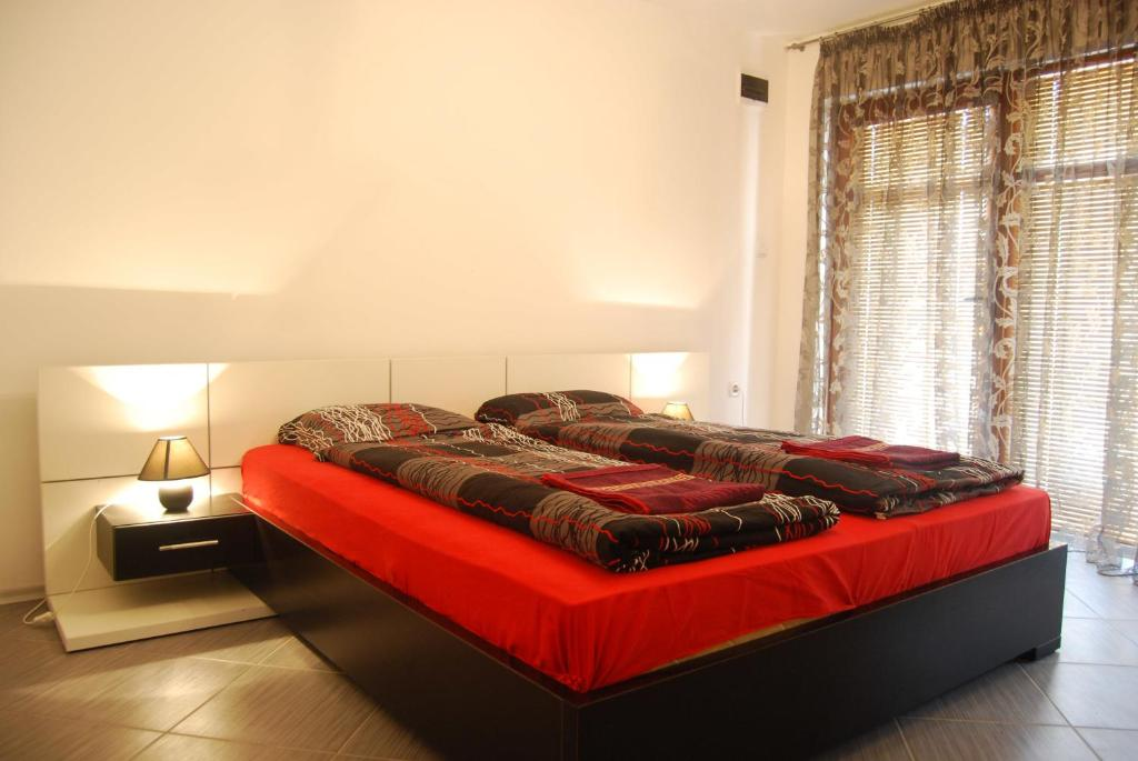 Standard Double Room Rooms for Rent - Villa Desi