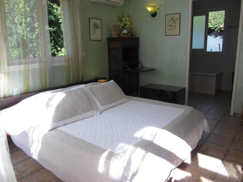 chambres d 39 h tes bastide de la brague antibes informationen und buchungen online viamichelin. Black Bedroom Furniture Sets. Home Design Ideas