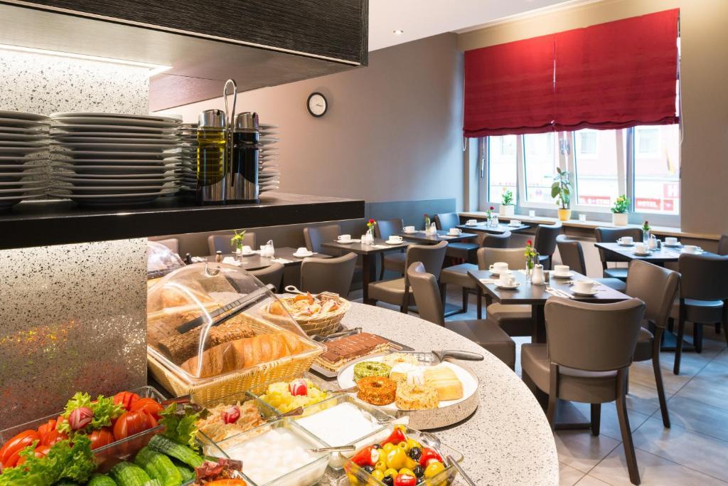 Hotel munich inn design hotel m nchen viamichelin for Design 8 hotel soest