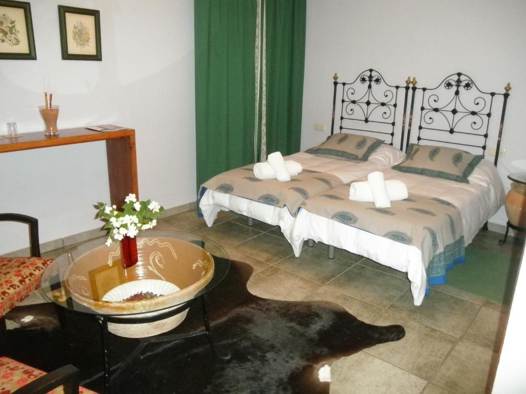 Twin Room Casa Rural El Aguila