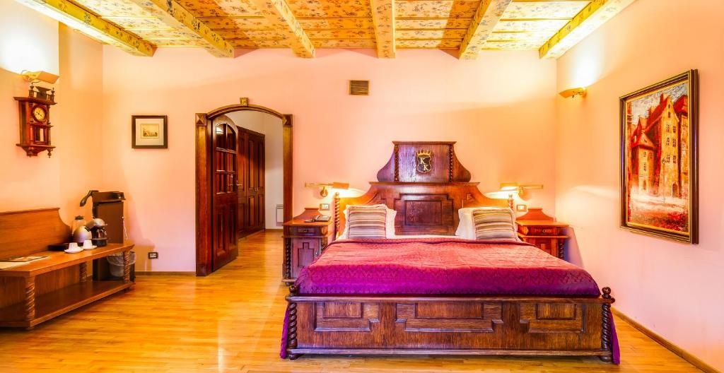 Hotels With Smoking Rooms Prague