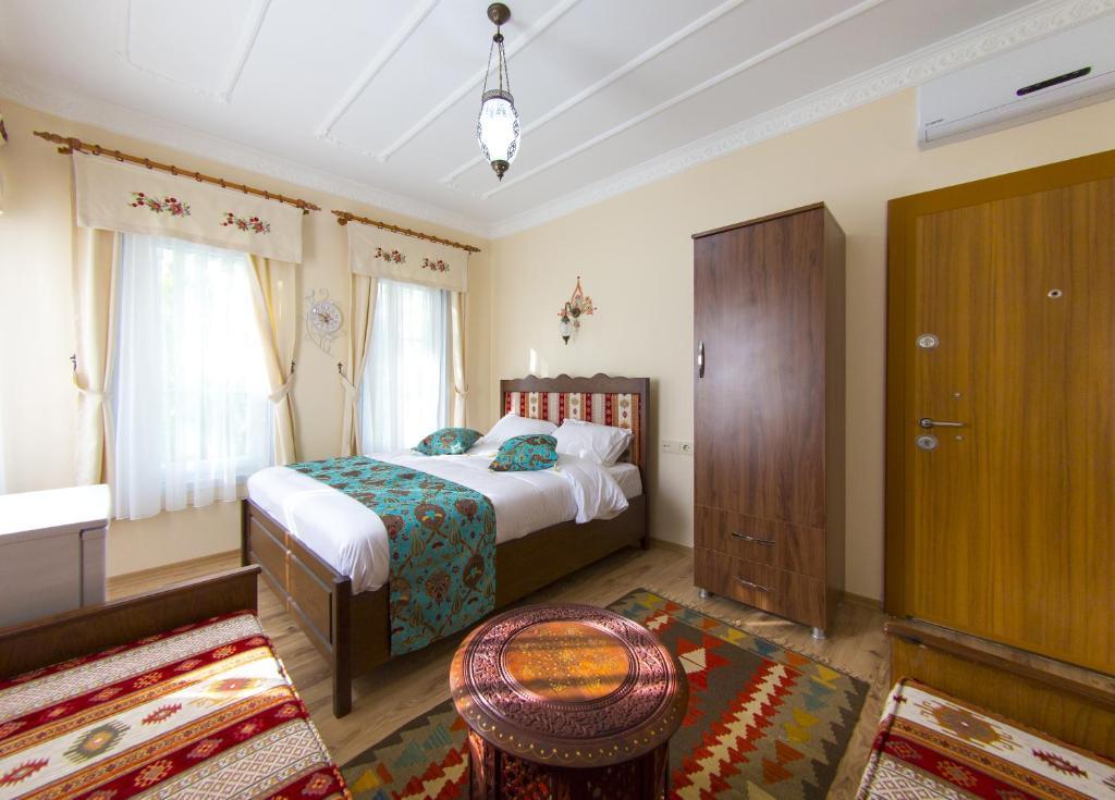 Ahsen Suites