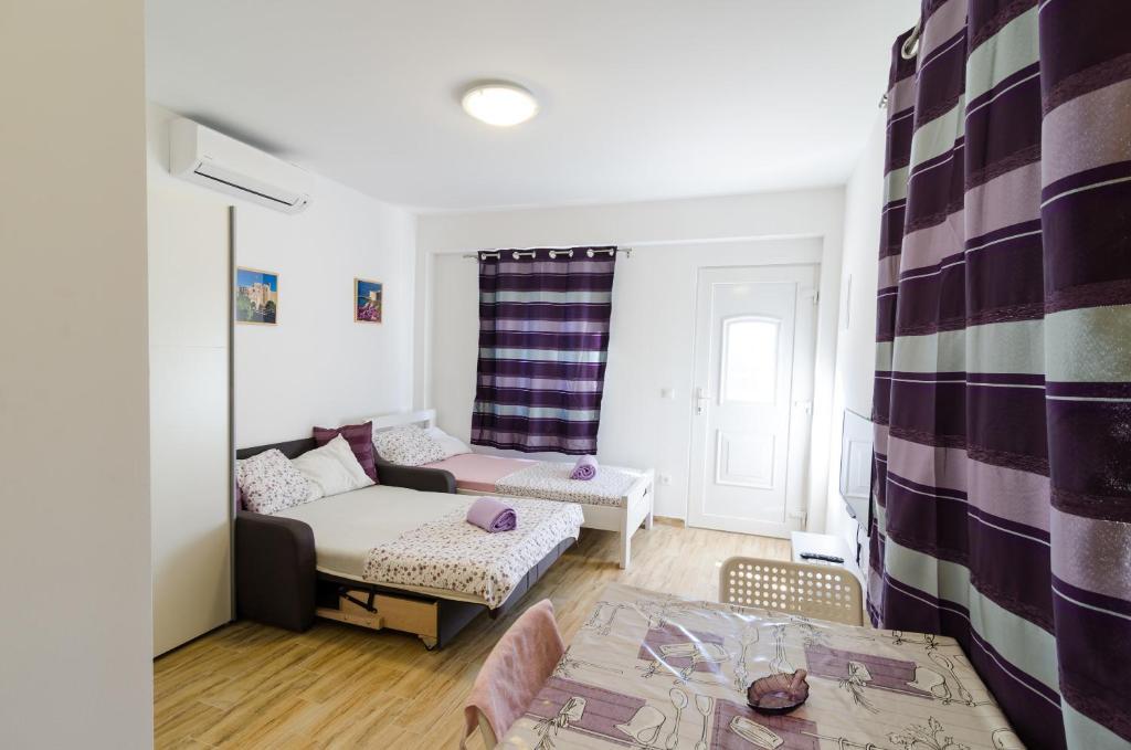 Studio Apartment Nika