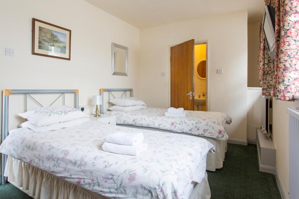Bed And Breakfast Hillingdon