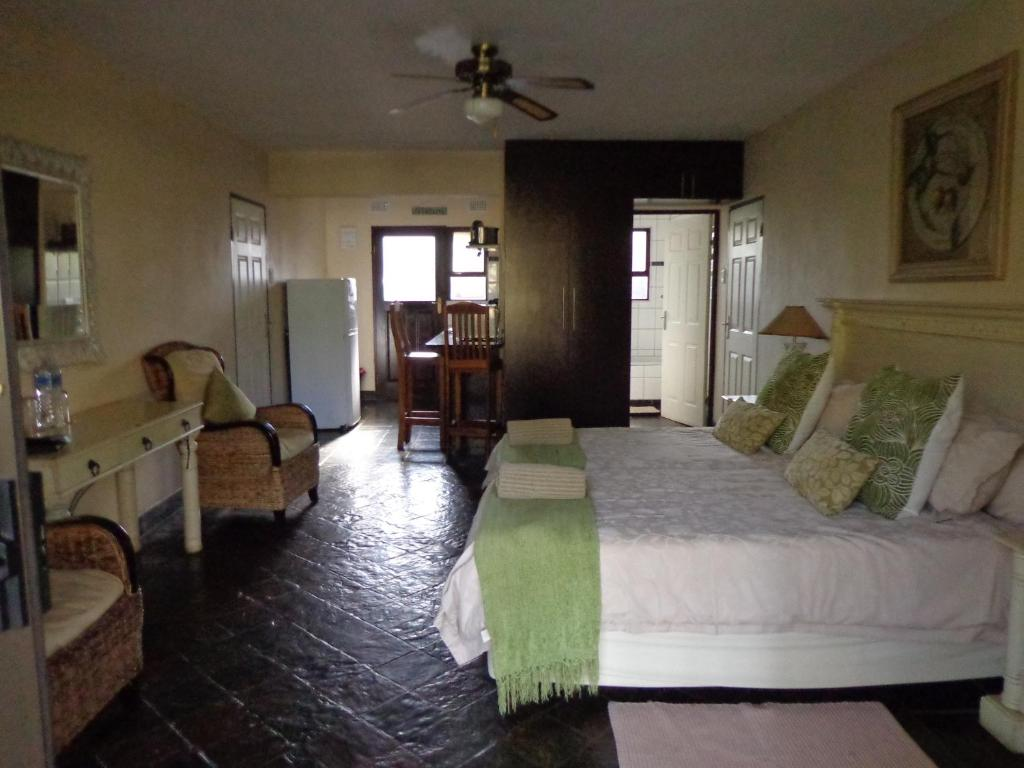 Standard Double Room Areena Riverside Resort & Private Game Reserve