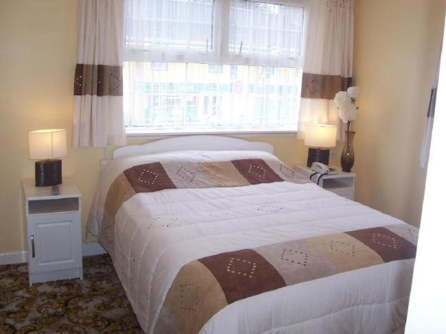 Double Room The Village House B&B