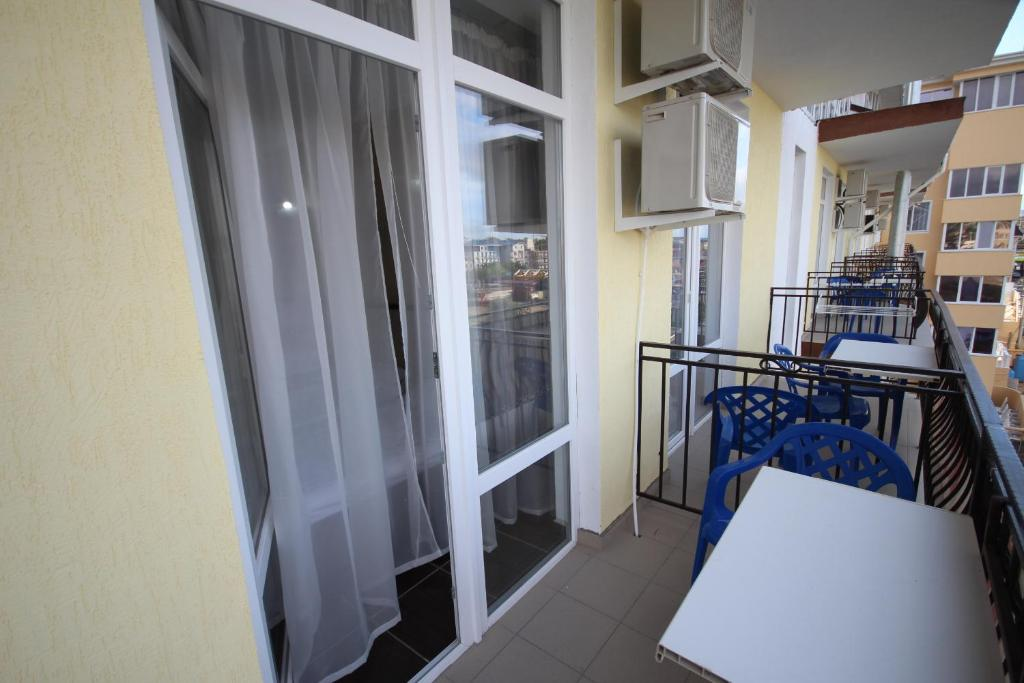 Double Room Afina Guest House