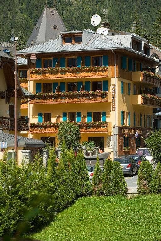 Les Gourmets - Chalet Hotel