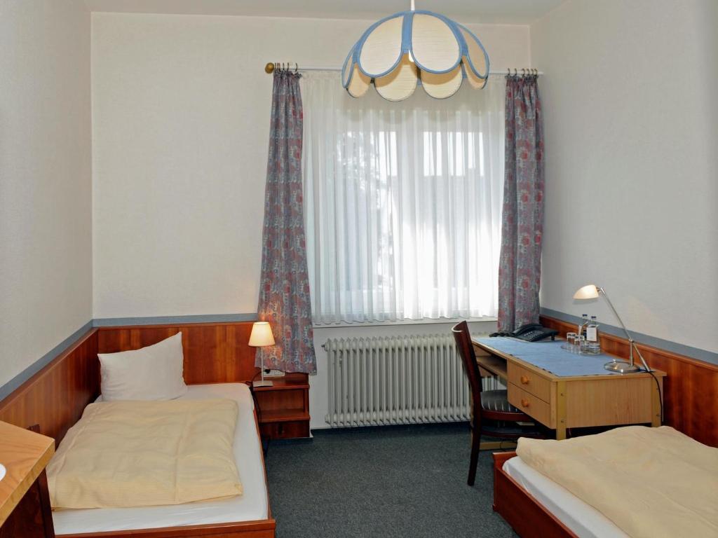hotel restaurant thomsen delmenhorst informationen und buchungen online viamichelin. Black Bedroom Furniture Sets. Home Design Ideas