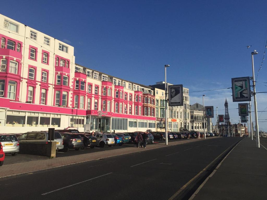 Blackpool Hotels North Promenade