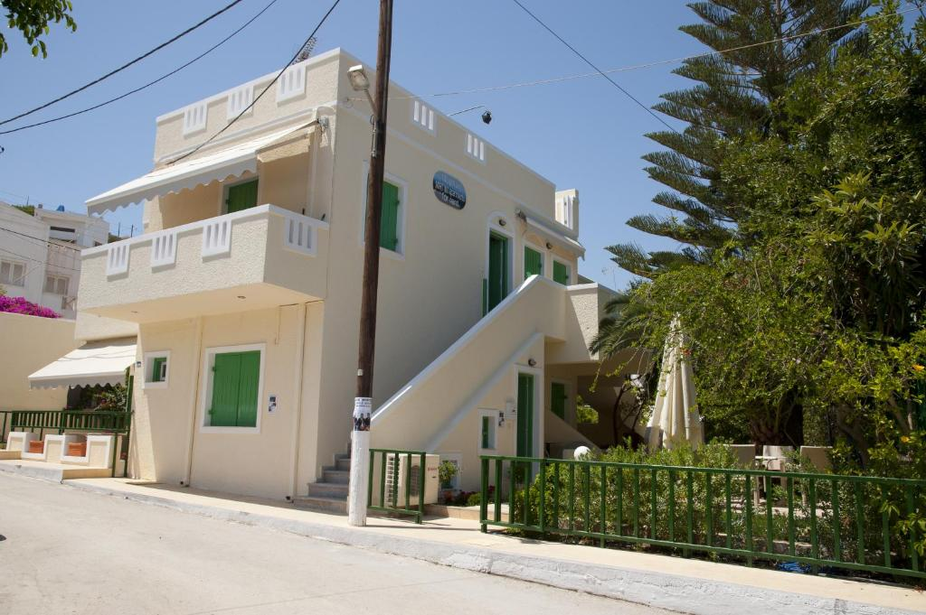 Mirtini Apartments