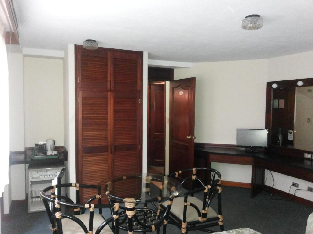 Standard Double Room Suites Reforma