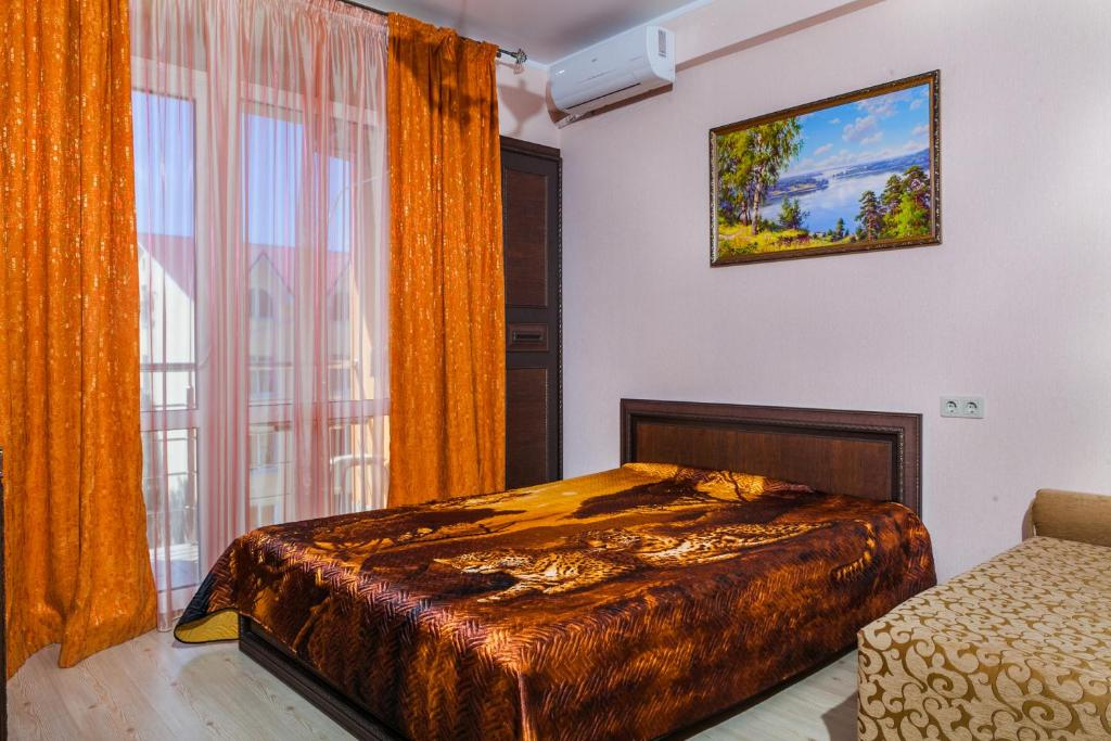 Triple Room with Balcony and Sea View Vegas Guest House