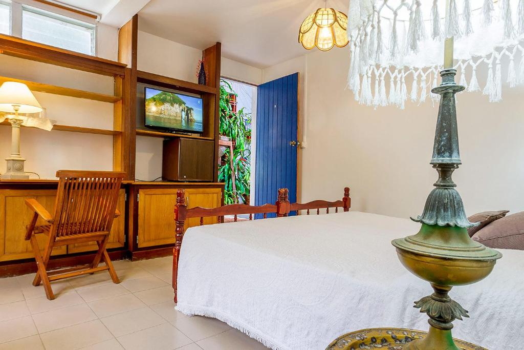 Double Room with Garden View Hotel Fregate Bleue