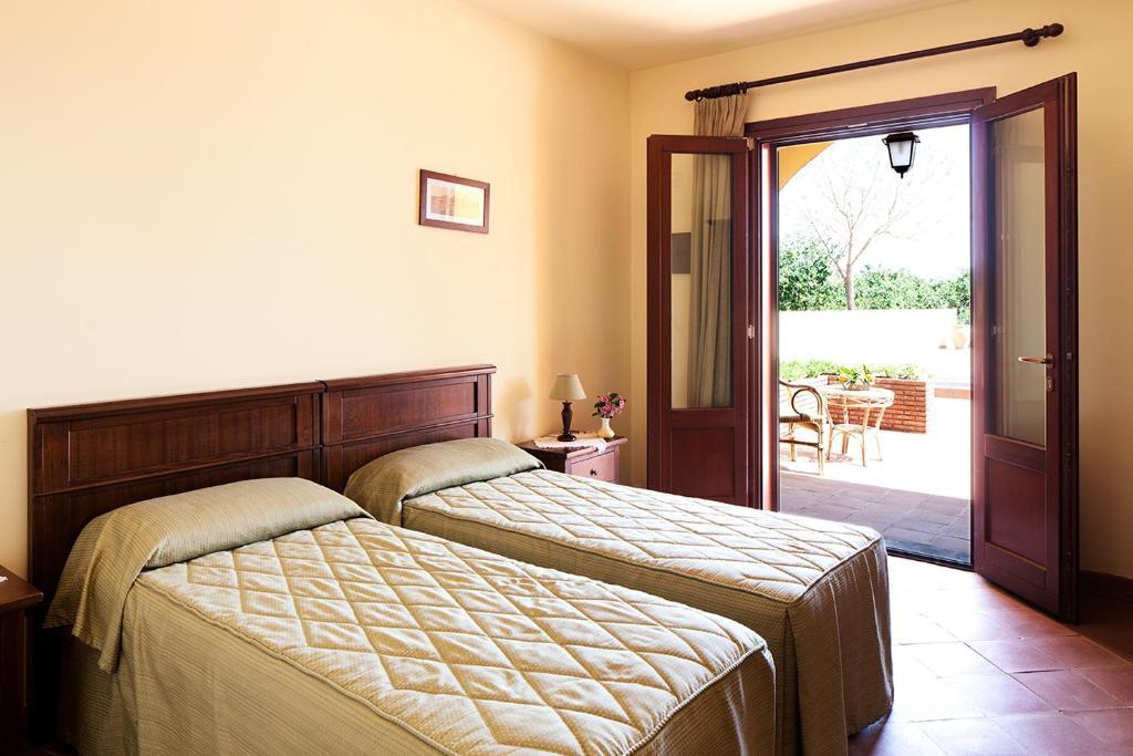 la terra del mezzo giarre viamichelin informationen. Black Bedroom Furniture Sets. Home Design Ideas