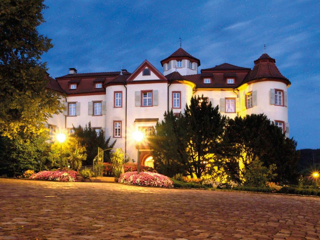 Hotel & Restaurant Weinberg - Baden-Baden - Informationen und ...