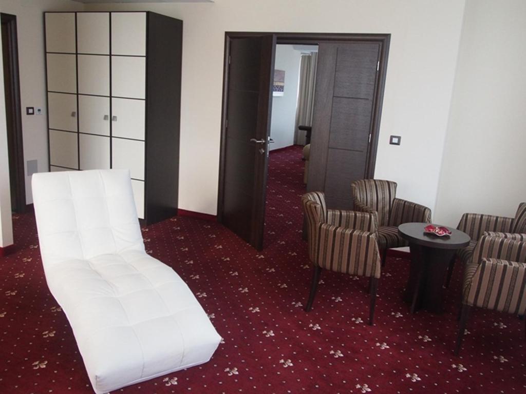 Grand Plaza Hotel Familienzimmer