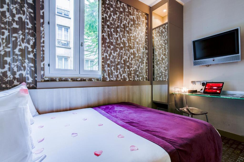 Five boutique hotel paris quartier latin r servation for Five boutique hotel