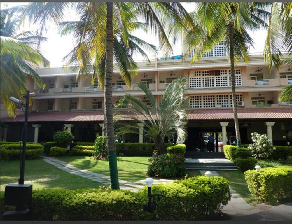 Royal Orchid Resort & Convention Centre Bangalore