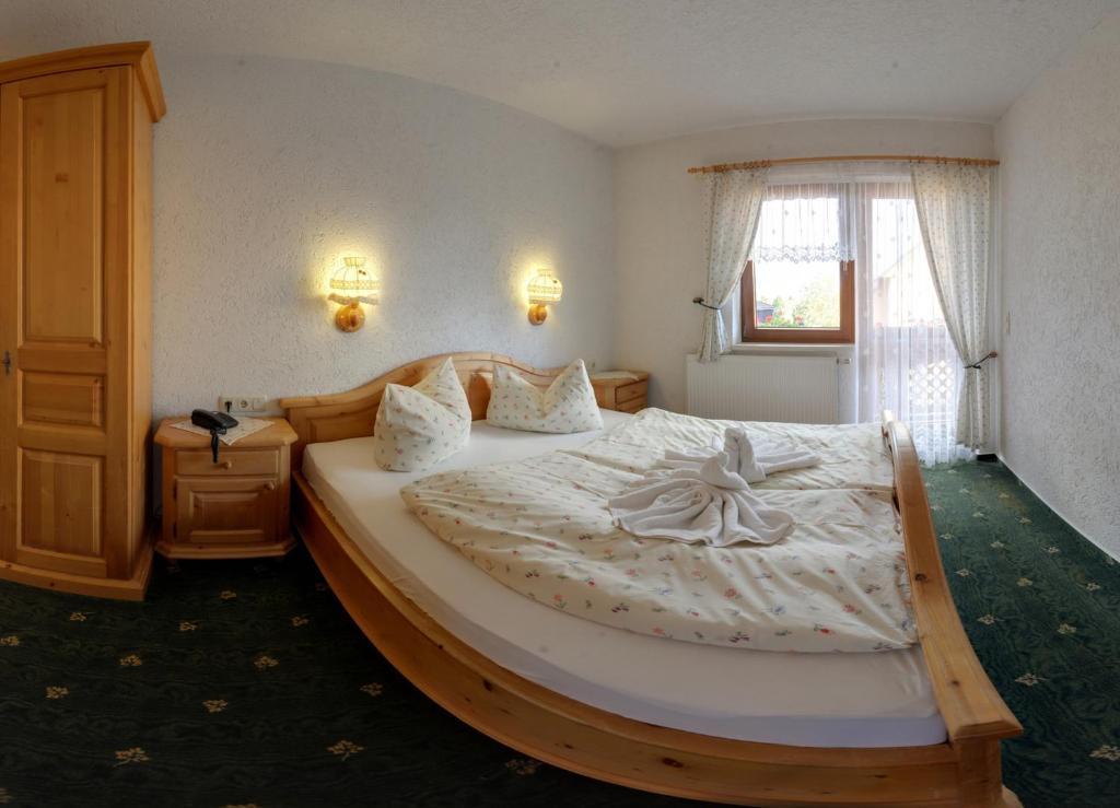 Markneukirchen Hotels Hotel Booking In Markneukirchen Viamichelin