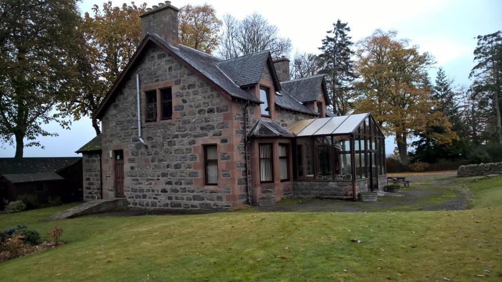 Balloan House