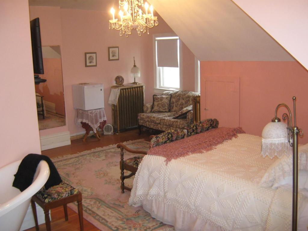 Bed And Breakfast Moose Jaw