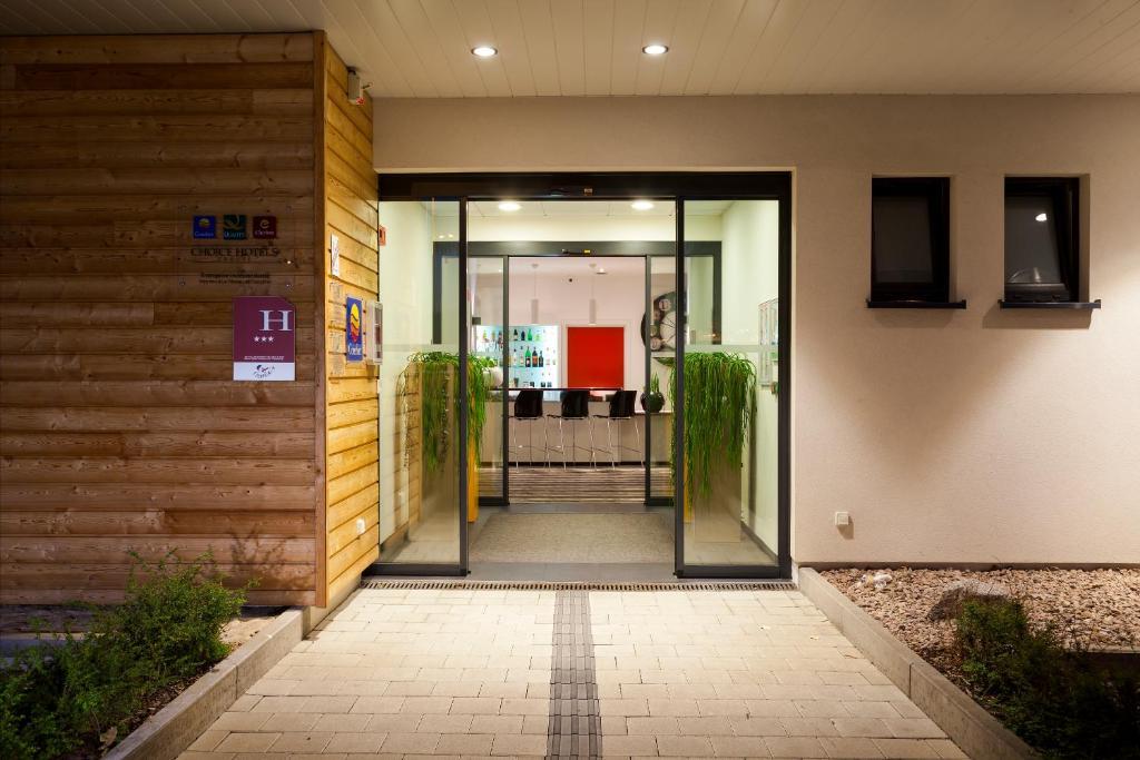 comfort hotel expo colmar colmar informationen und buchungen online viamichelin. Black Bedroom Furniture Sets. Home Design Ideas