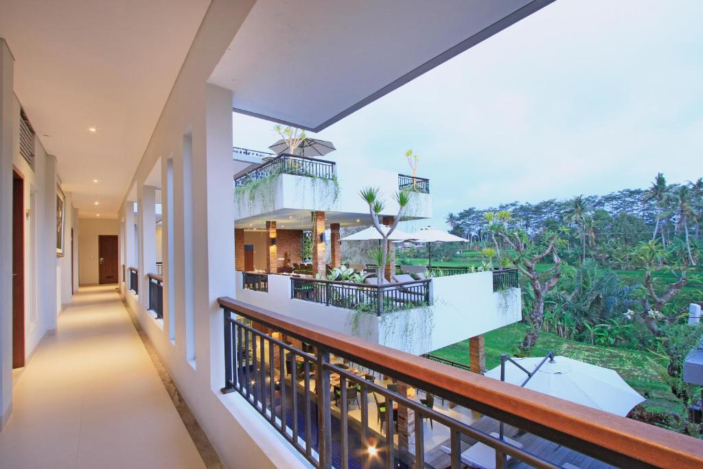 Puri Padma Hotel