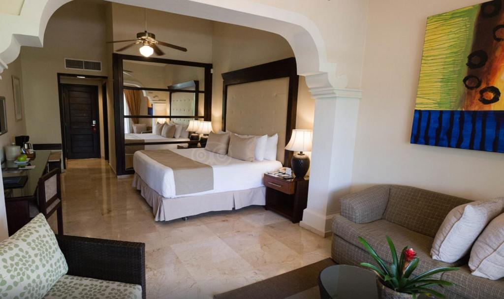 Deluxe Studio Suites at Caribe Bavaro Beach Resort and Spa