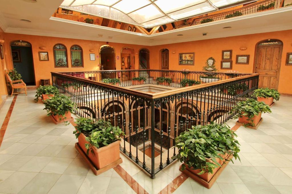 Hotel Alabardero