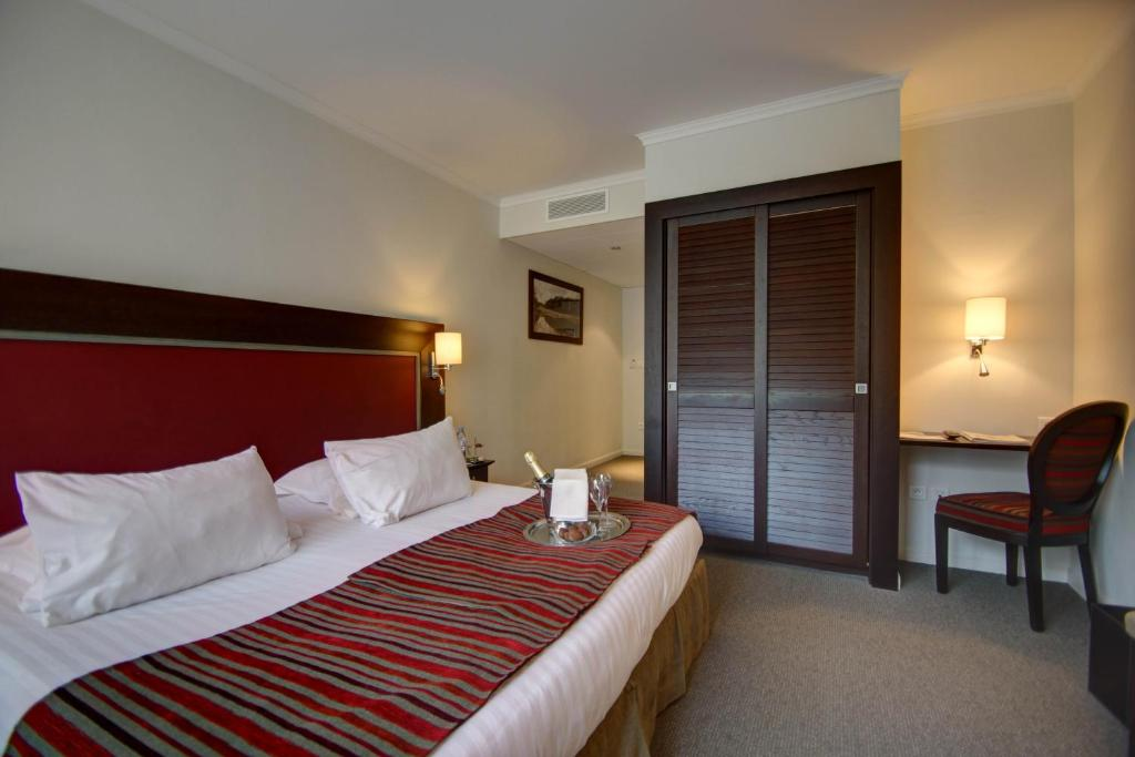 Charm Double Room with Forest View Najeti Hotel du Golf