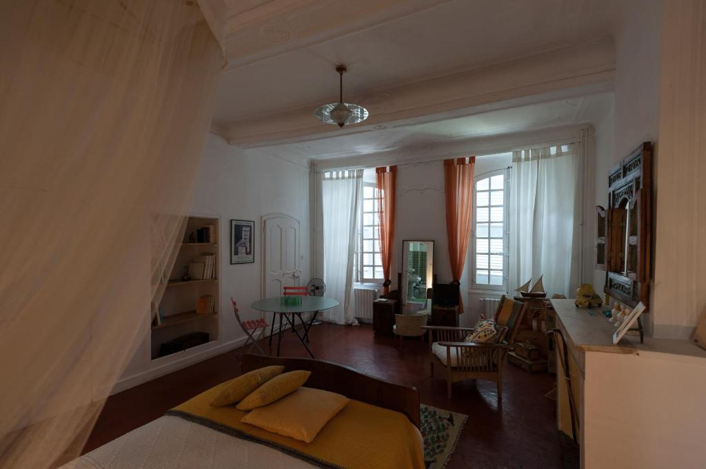 L'Enclos Hotel - room photo 4068813