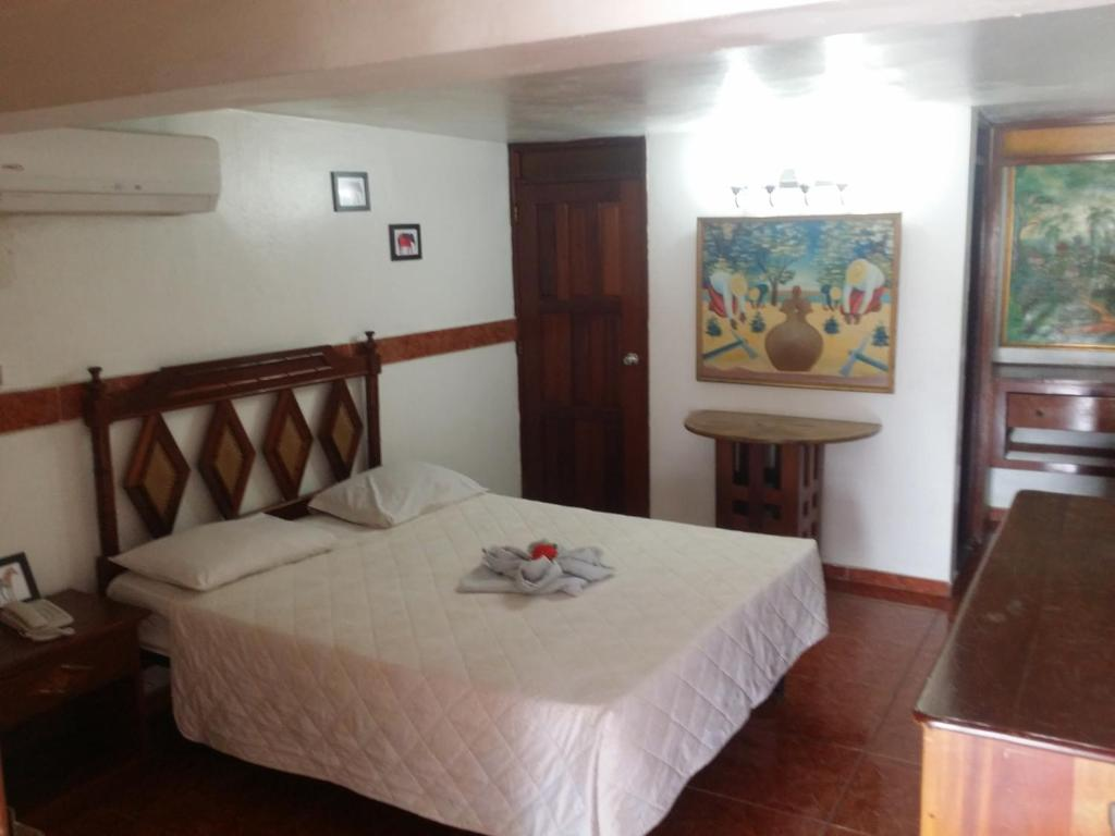 Budget Double Room Hotel Tropicana