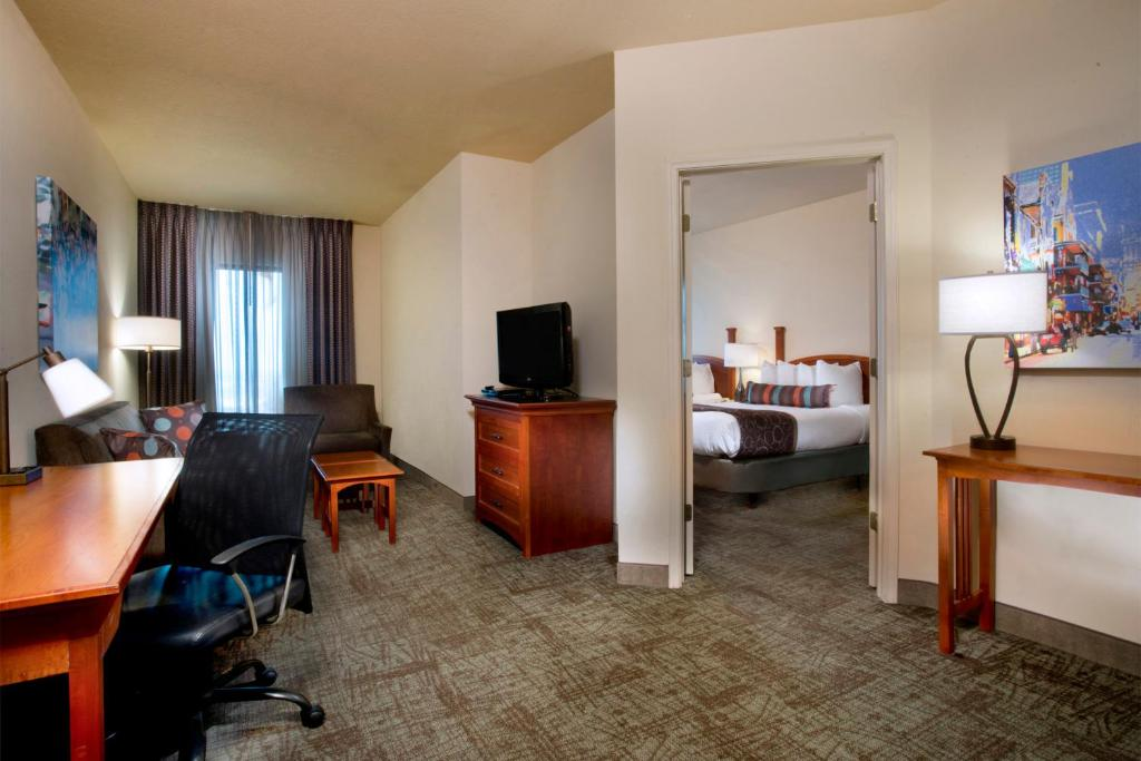 Staybridge Suites French Quarter Downtown New Orleans