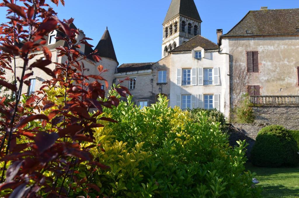 Hotels In Tournus France