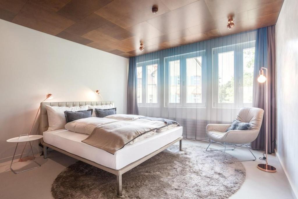 EMA House Hotel Suites