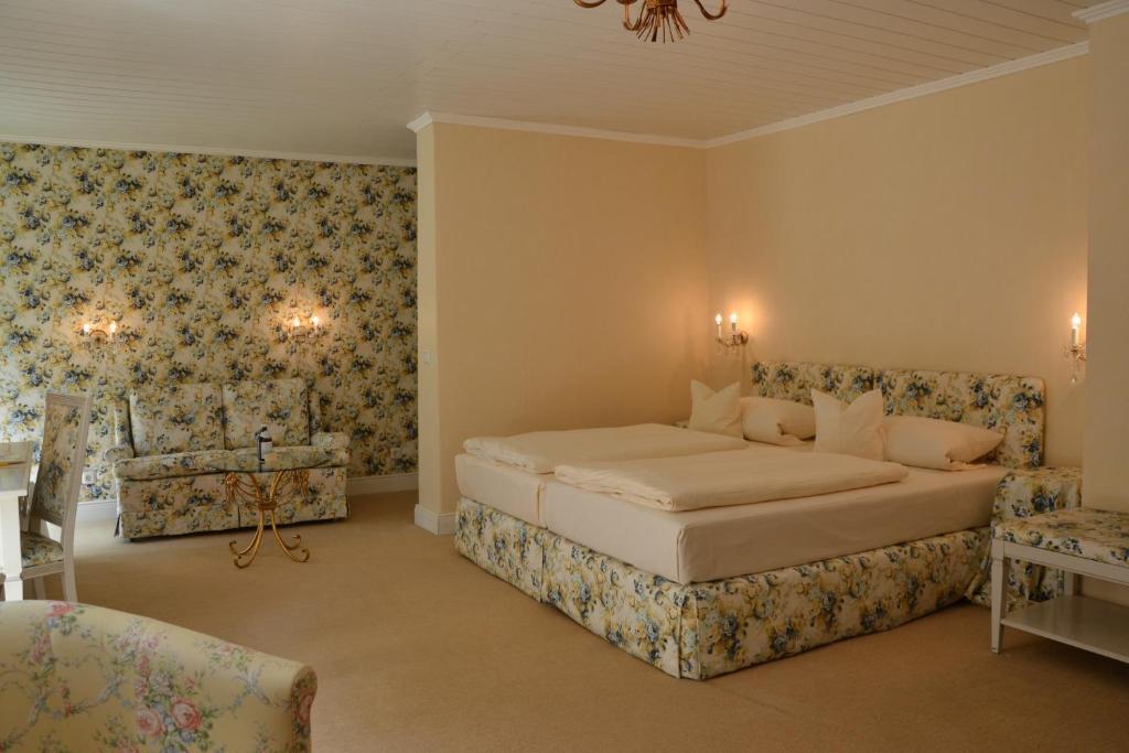 christian gartenhotel r servation gratuite sur viamichelin. Black Bedroom Furniture Sets. Home Design Ideas
