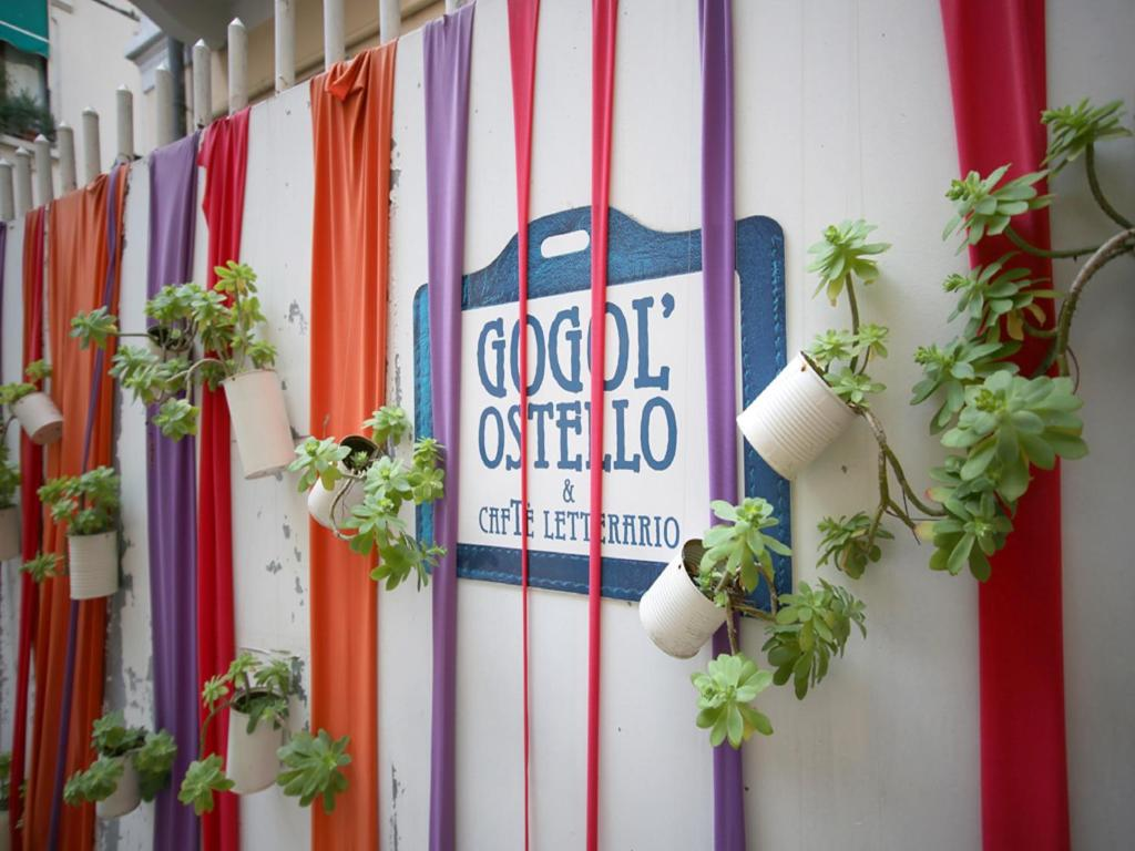 Gogol'Ostello & Caffè Letterario