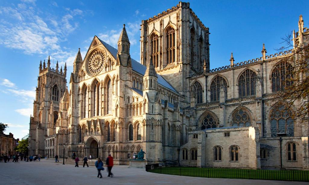 York City Centre Hotels With Free Parking