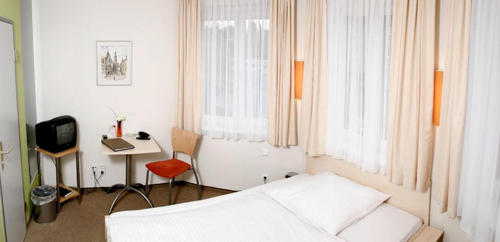 Hotel & Restaurant Klosterhof - Dresden - Informationen und ...