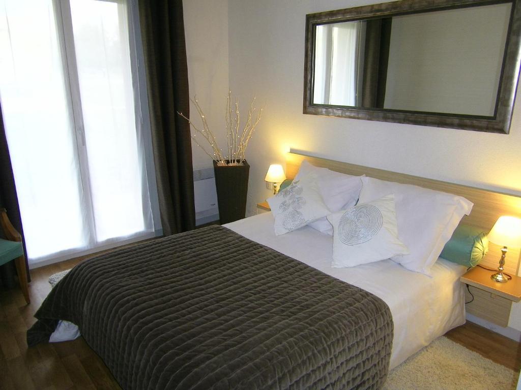 Appart hotel le patio d 39 argenton mauz thouarsais for Appart hotel 78