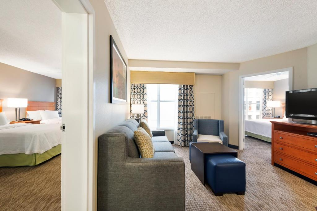 Family Hotel Suites