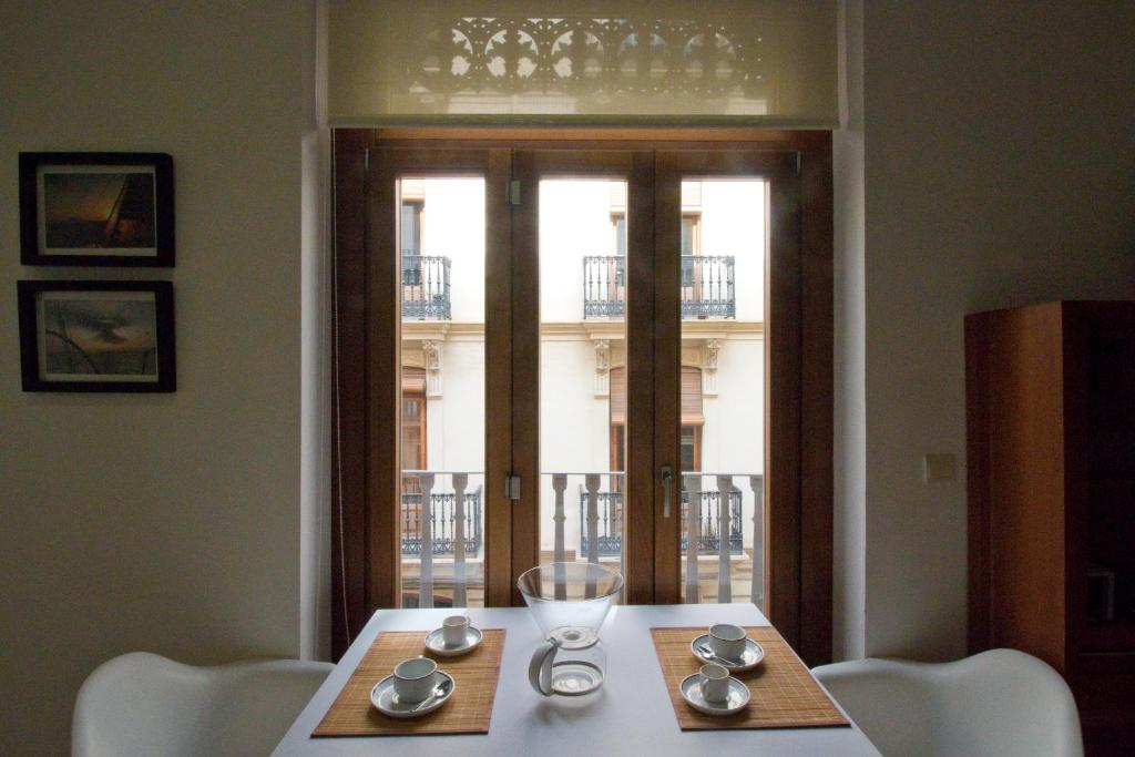 One Bedroom Apartment with Balcony Apartments Trinitarios