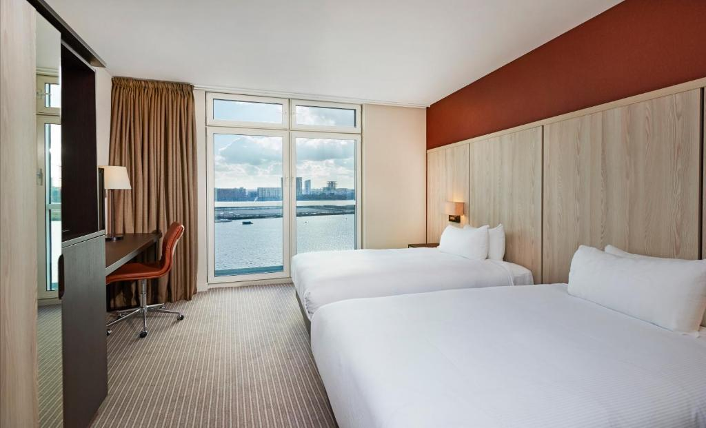 Doubletree Hilton Excel Room Service Menu