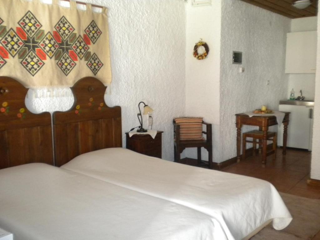 Standard Double Room Agrampeli