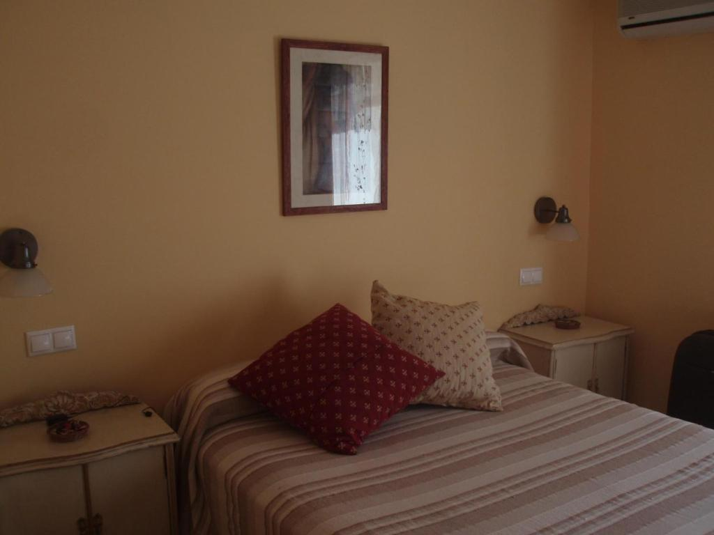Double or Twin Room Hostal de la Luz