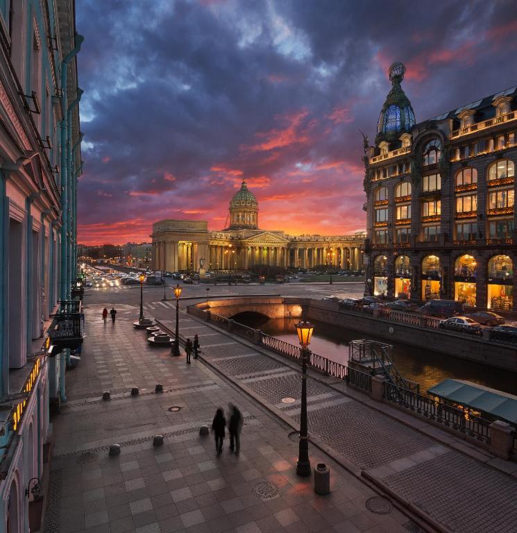 Novaya Istoria